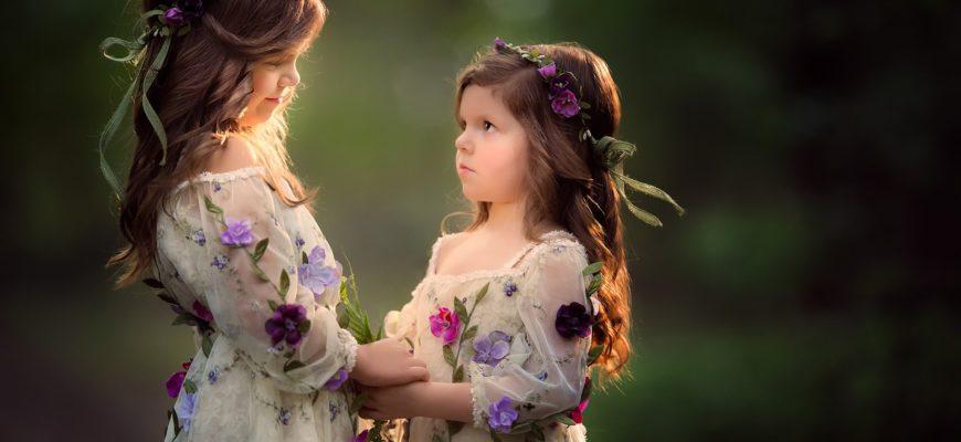 Две сестрички. Какие есть статусы про сестер.