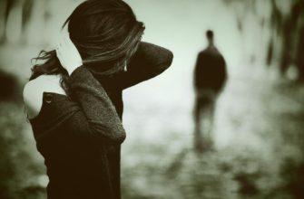 Разбитое сердце. Где найти статусы про разбитую любовь.